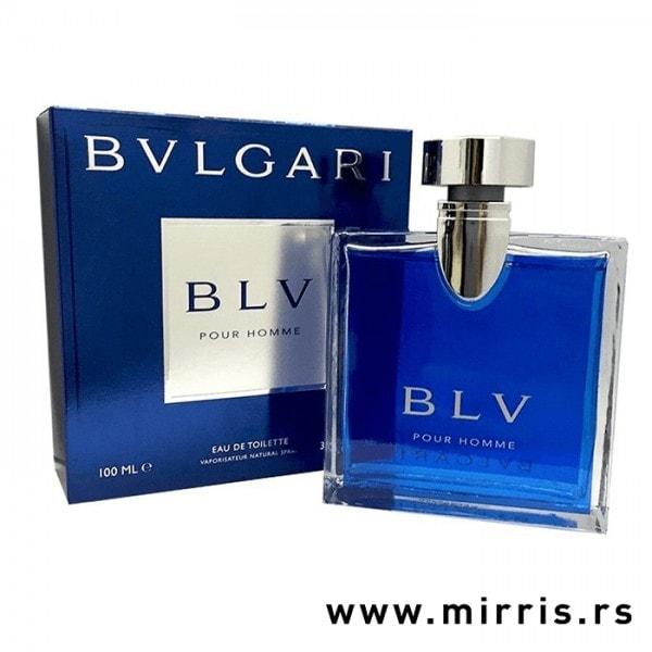Plava kutija pored bočice parfema Bvlgari BLV Pour Homme
