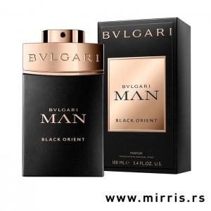 Boca parfema Bvlgari Man Black Orient pored originalne kutije