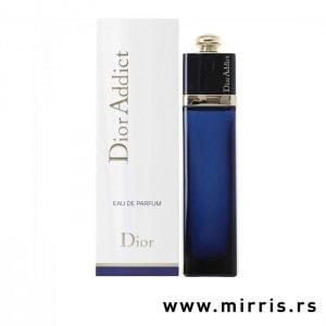 Blava boca parfema Christian Dior Dior Addict pored bele kutije
