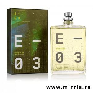 Boca parfema Escentric Molecules Escentric 03 pored originalne kutije