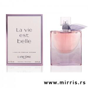 Ljubičasta boca parfema Lancome La Vie Est Belle Intense i njegova originalna kutija