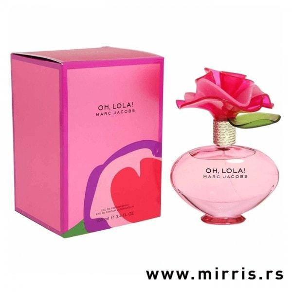 Roza bočica originalnog parfema Marc Jacobs Oh Lola! pored kutije roze boje