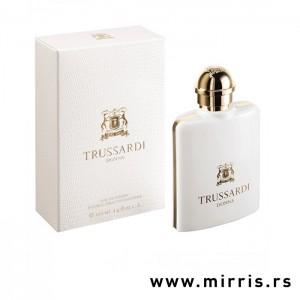 Bela boca originalnog mirisa Trussardi Donna i bela kutija