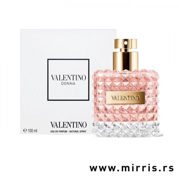 Roze boca testera Valentino Donna pored bele kutije