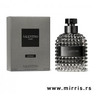 Boca parfema Valentino Uomo Intense pored sive kutije