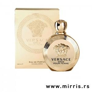 Boca parfema Versace Eros Pour Femme pored zlatne kutije