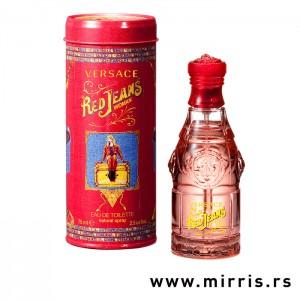 Crvena boca parfema Versace Red Jeans pored originalne ambalaže