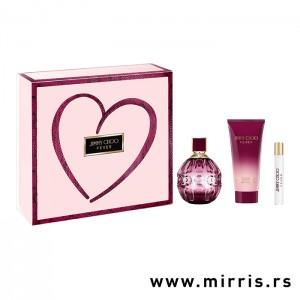 Losion za telo i bočice parfema Jimmy Choo Fever od od 100ml i 7,5ml pored kutije roze boje