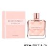 Roza bočica ženskog parfema Givenchy Irresistible pored roze kutije