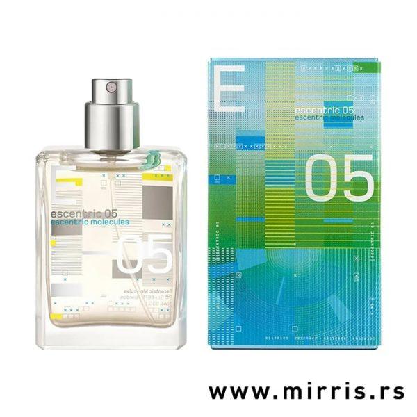 Bočica parfema Escentric Molecules Escentric 05 pored originalne kutije